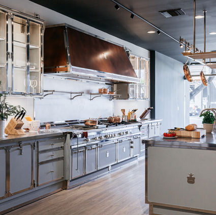 Officine Gullo - Tailor Made Kitchens - A New Showroom in Los Angeles