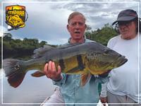 Pesca_de_Tucunaré_-_O_seu_Trófeu_está