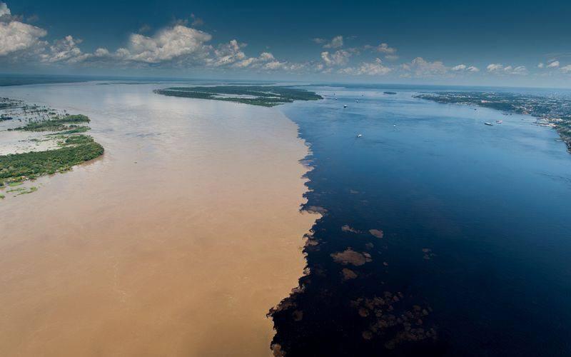 Encontro das Aguas 3.jpg