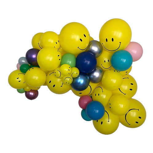 Send Smiles balloon garland