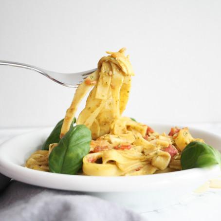 Pasta pesto-avocado