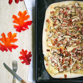 Flammkuchen met paddestoelen, bacon en truffel