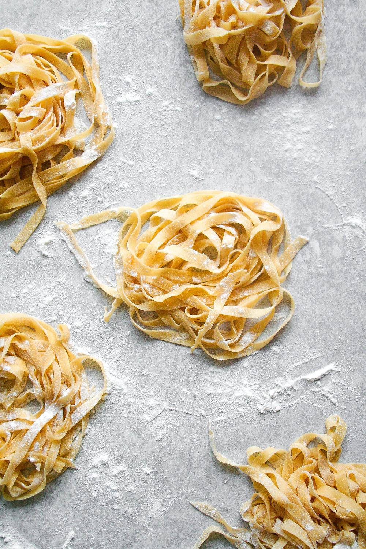 Zelf pasta maken is nog nooit zo leuk geweest met dit recept