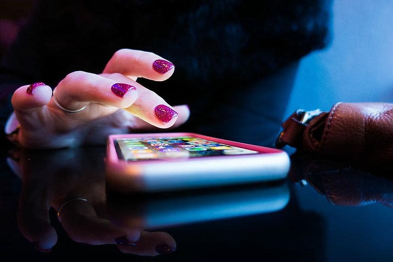 MOBILE HAND.jpg