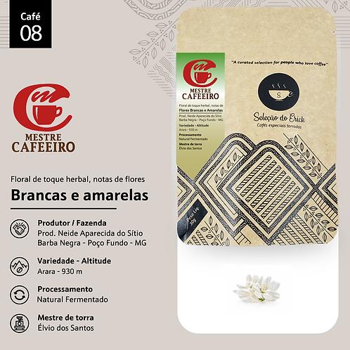 Café 8 - Mestre Cafeeiro - Sensorial Floral de Flores brancas e amarelas- 100g