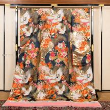 R018-四季花に鶴-黒金箔.jpg