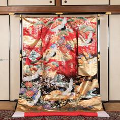 R001-鶴に牡丹-金箔赤黒.jpg