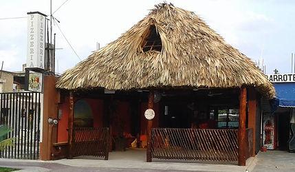Pizza Bacalar Lagoon, where to eat Bacalar
