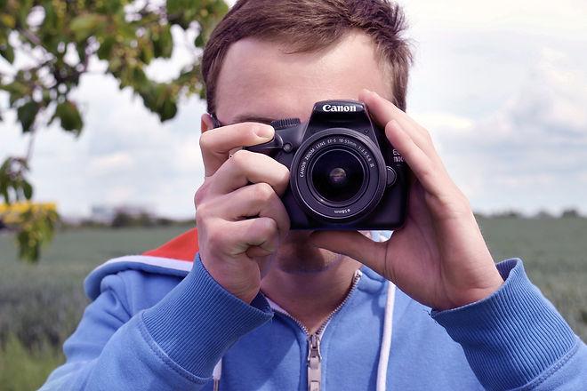 man-person-people-woman-camera-photograp