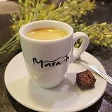 Venha apreciar nosso café expresso. Trab