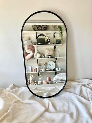Mirror on the wall M zwart