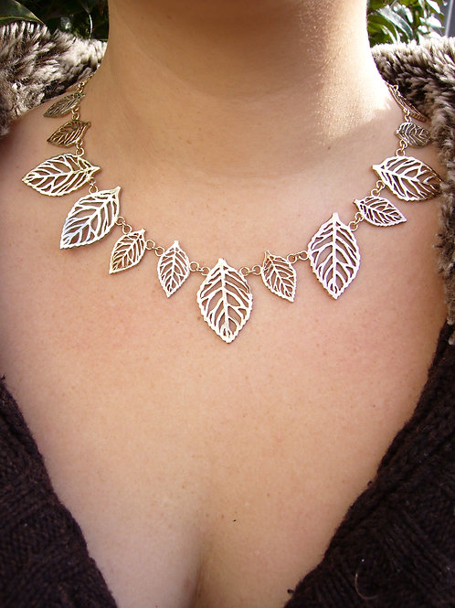 Tri colour gold Leaves necklace