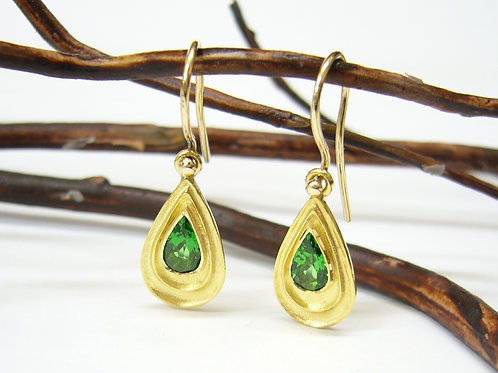 18ct Tsavourite garnet earrings