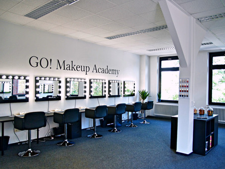 GO! Makeup Academy Roomtour