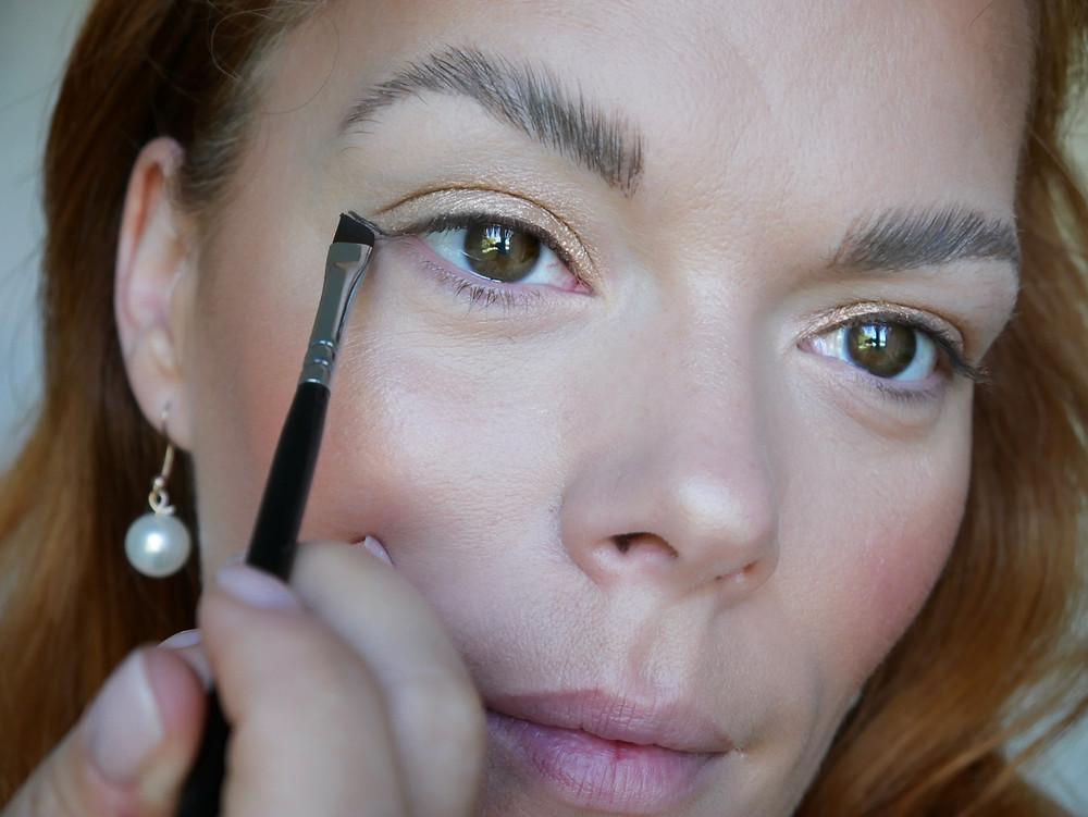schritt für schritt Anleitung Eyeliner