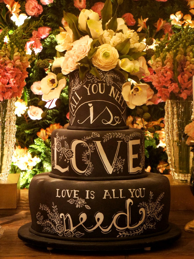 Bolo de 15 anos chalkboard cake bolo lousa de Simone Amaral