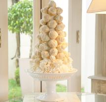 croquembouche de chocolate branco Simone Amaral