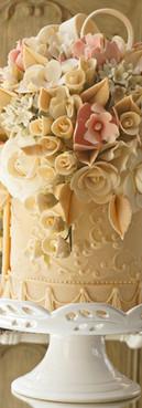 Bolo provençal cake candy colors de Simone Amaral