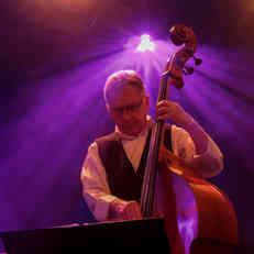 Joel Bara