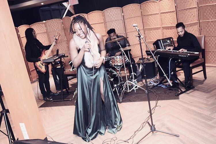 Bria The Artist Live