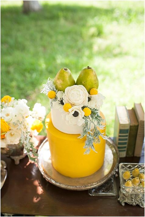 yellow-white-wedding-cake.jpg