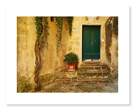 Doorway, Monticchiello