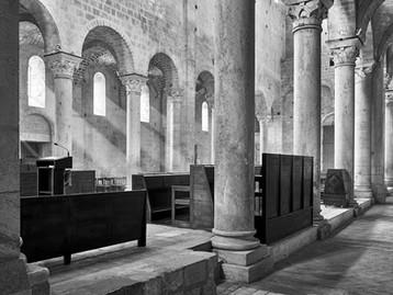 Interior, Sant Antimo