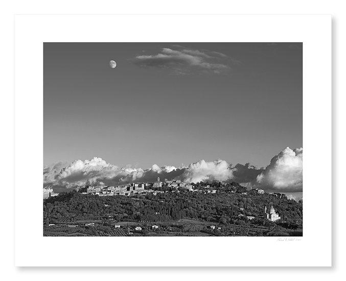 October Moonrise, Montepulciano