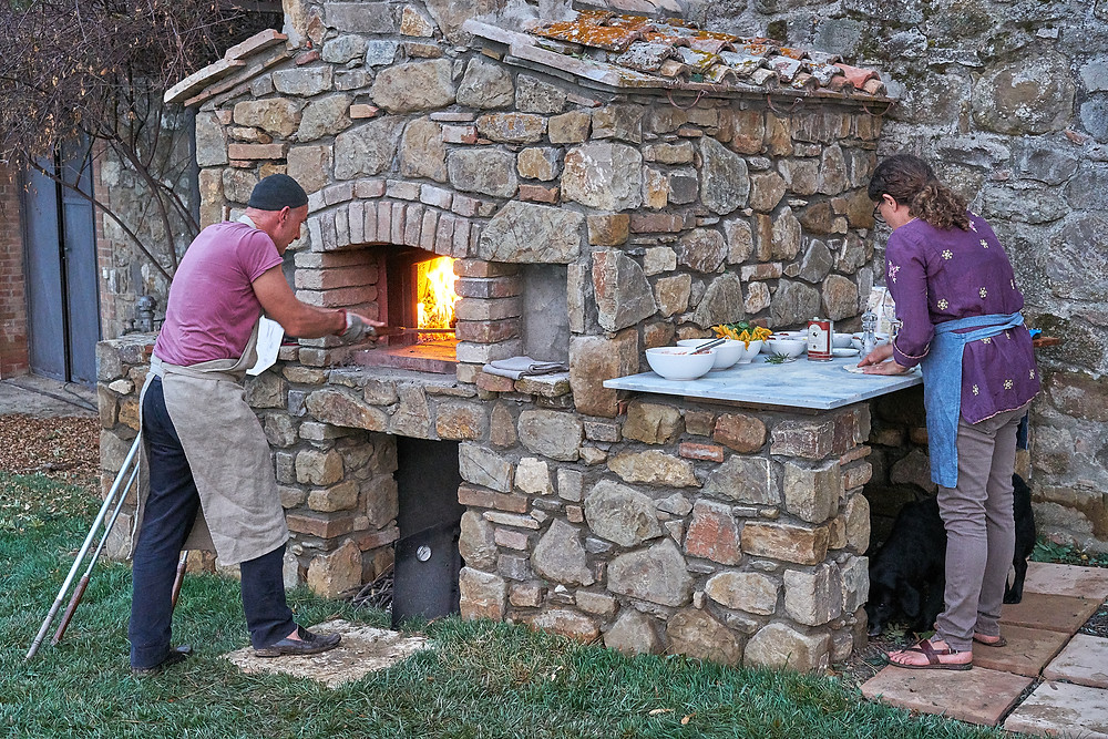 Wood-fired pizza at Villa Palazzetta, Montalcino