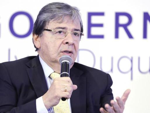 Polémica por posible aspiración presidencial del canciller Trujillo