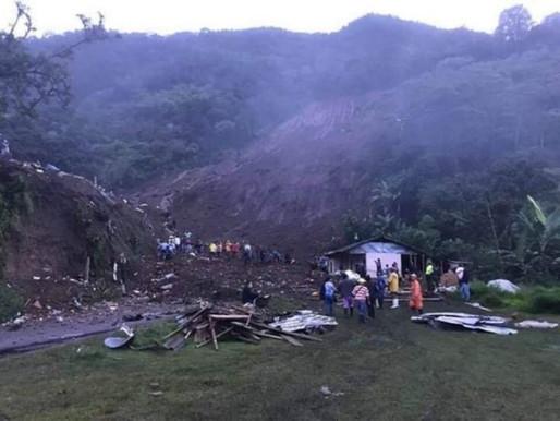 Derrumbe sepultó seis viviendas en Rosas, Cauca.