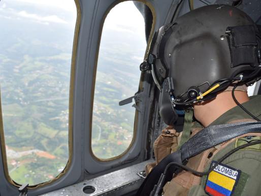 Continúan sobrevuelos de reconocimiento en zonas de riesgo en el Valle del Cauca.