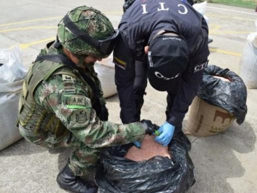 Ejército Y Fiscalía Incautaron 600 Kilos De Explosivo Del Eln En Cúcuta