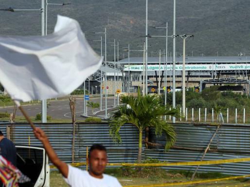 En las calles, venezolanos exigen la entrada de ayuda humanitaria