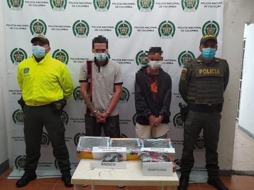 POLICÍA EN FRESNO CAPTURÓ DOS SUJETOS CON ARMAS DE FUEGO, MUNICIONES Y ESTUPEFACIENTES