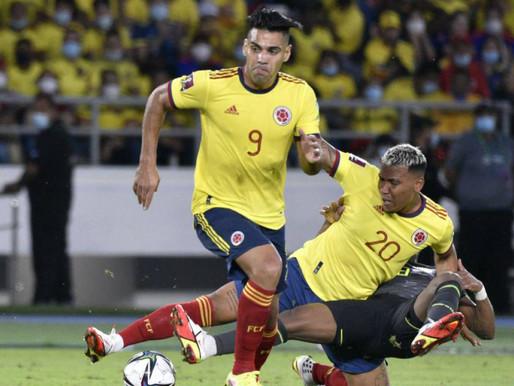 Colombia no pudo con Ecuador, pero ganó una posición en las Eliminatorias
