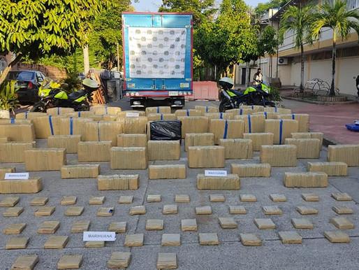 POLICIA INCAUTA EN PUERTO BOYACÁ 1200 KILOS DE MARIHUANA