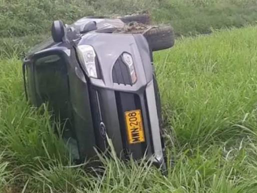 Salió ileso el abogado Antonio Paris de un aparatoso accidente  en la vía Honda Guayabal.