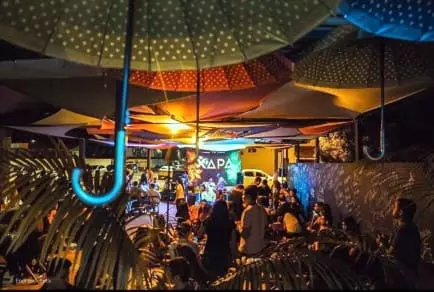 Bar Tablado vida noturna em Coxim