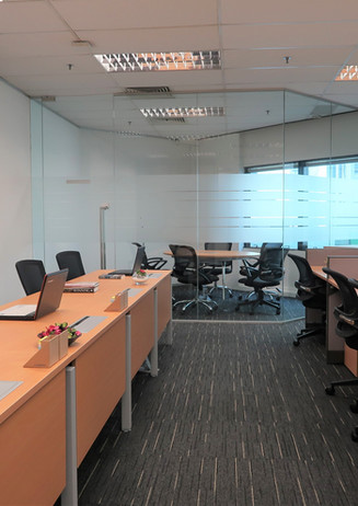 CUSTOMISABLE PRIVATE OFFICE SPACE
