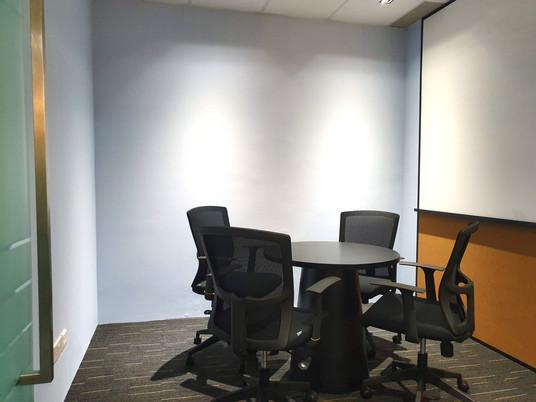 Meeting Room MR3 4 pax