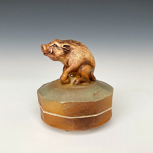 Wild Boar Faceted Box