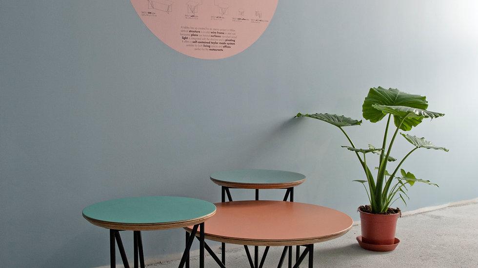 sm22 coffee table