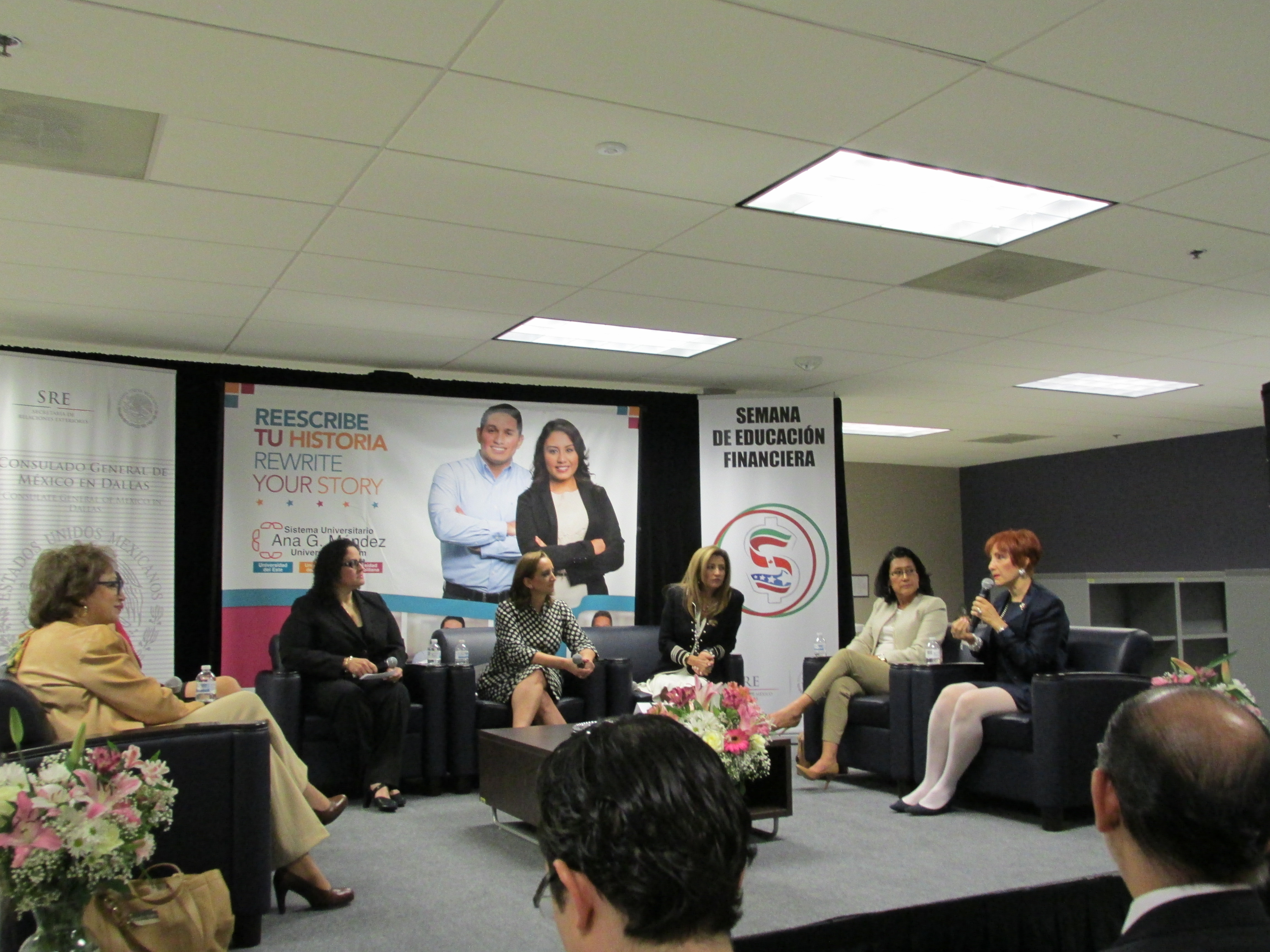 Conversatorio Mujeres Emprendedoras (77)