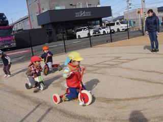 遊びの中で交通安全😊🚦🎶