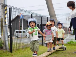 戸外遊び☺️✨ オレンジ組1歳児