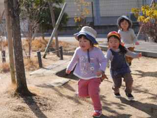 しっぽとり😃✨ オレンジ組2歳児