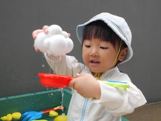 プール遊び☺️ オレンジ組2歳児