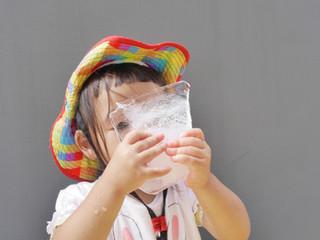 氷遊び😊❄️✨ オレンジ組1歳児