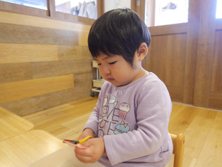 はさみ✂️ オレンジ組2歳児